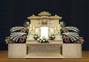 10号白木祭壇