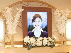家族葬ホール(大型遺影モニター)