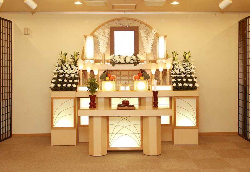ホール4号祭壇